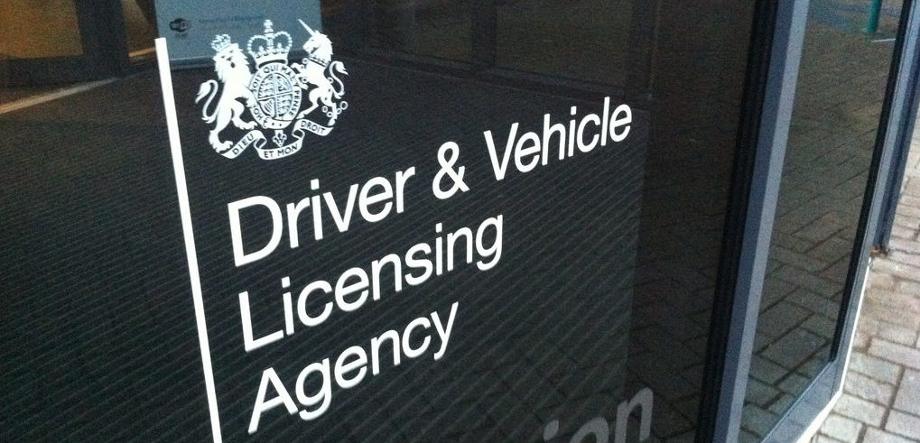 buy-new-driving-licence